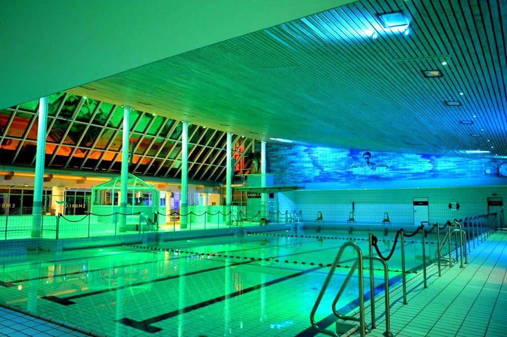 Светодиодное освещение для помещений с бассейнами 31