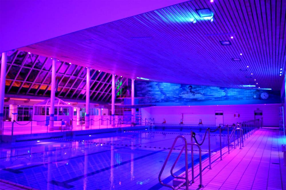 Светодиодное освещение для помещений с бассейнами 32